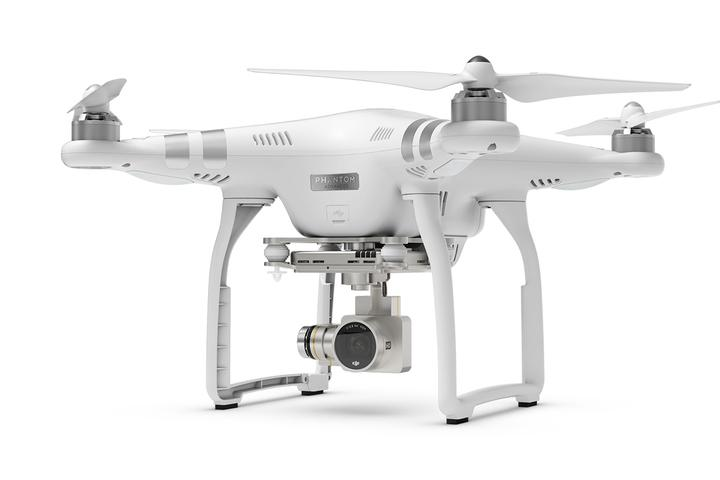 Dron DJI Phantom 3 Advanced | synapse.com.pl